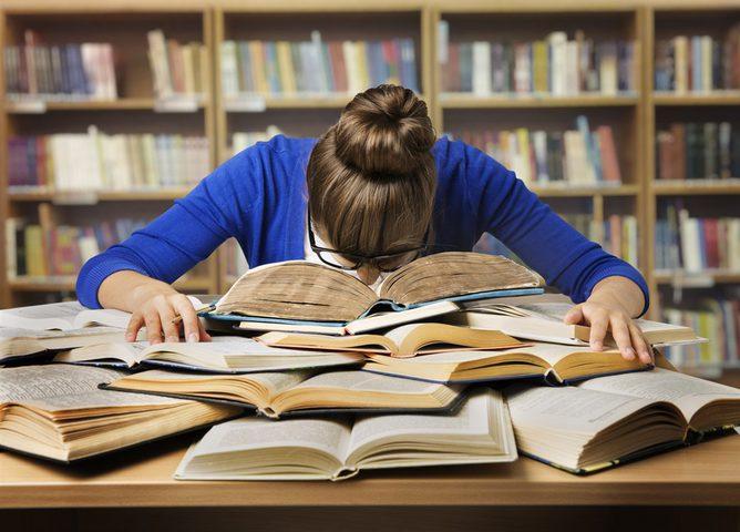 كيف تتخلص من الكسل خلال الدراسة ؟