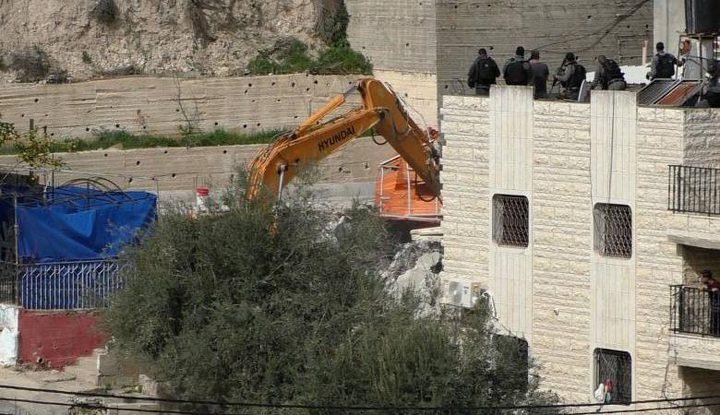 بلدية الاحتلال تخطر بهدم مسجد القعقاع في سلوان جنوب القدس