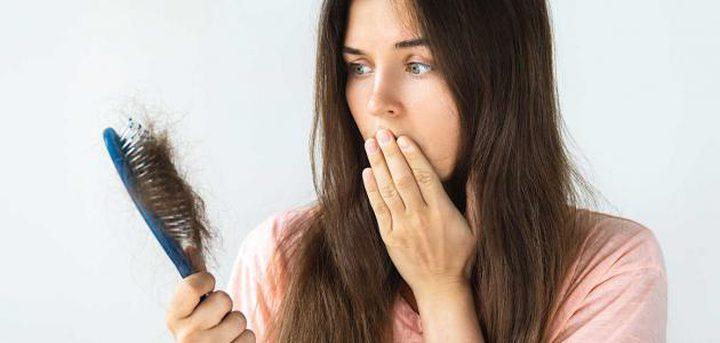 كيف تحمي شعرك من التساقط الموسمي؟