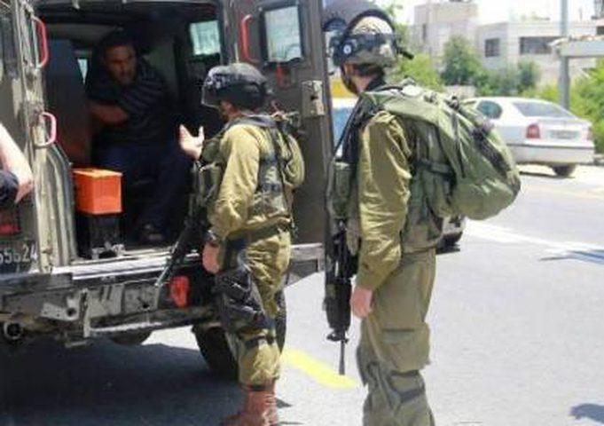 القدس: الاحتلال يقتحم بلدة عناتا ويعتقل شابا