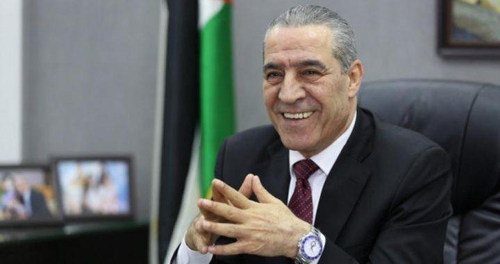 قيادات تؤكد أن الشعب الفلسطيني وحده من يختار قيادته