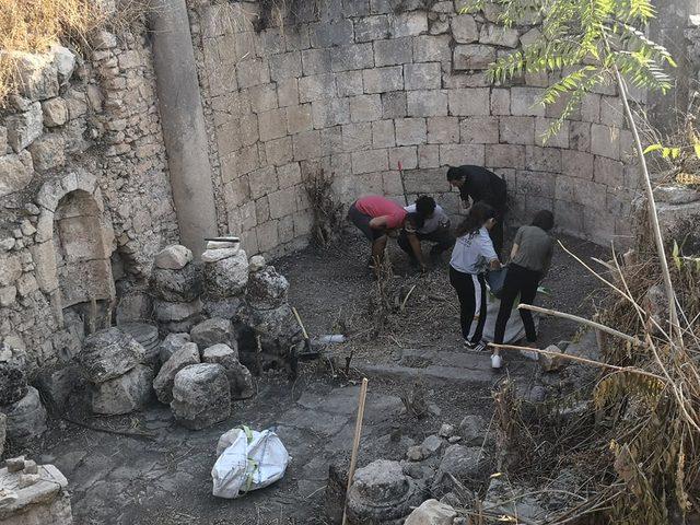 كاريتاس القدس تنظِّم عدة أنشطة تطوعية في قرية جفنا