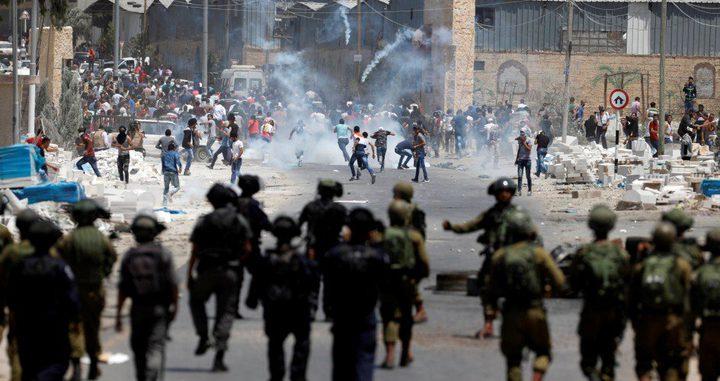 اندلاع مواجهات مع الاحتلال في منطقة باب الزاوية وسط الخليل