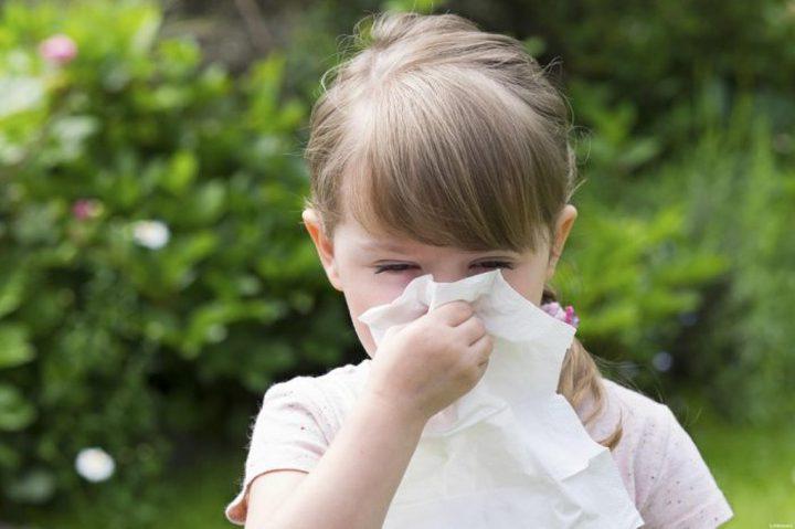 طبيب: سيلان الأنف ليس دليلا على إصابة الأطفال بكورونا