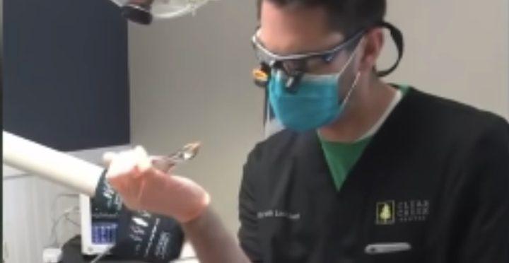 أمريكا.. السجن وغرامة مالية بحق طبيب أسنان خرق أخلاقيات المهنة