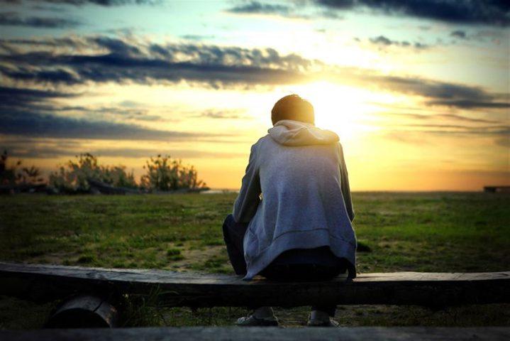 دراسة: العزلة تعرض المراهقين لخطر الإصابة بالنوبات القلبية