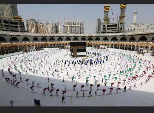 السعودية تسمح بأداء مناسك العمرة اعتبارا من الشهر المقبل