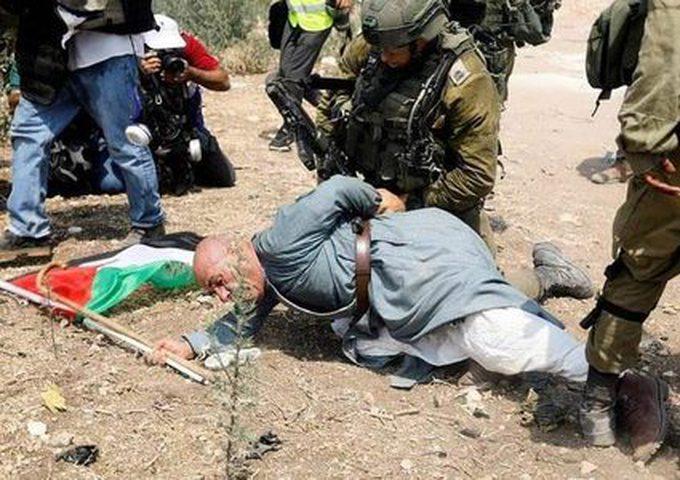 محكمة الاحتلال تمدد اعتقال الناشط خيري حنون ستة أيام