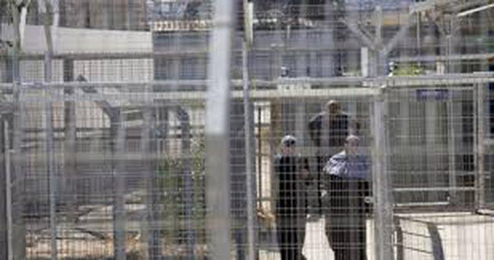 الاحتلال يواصل عزل أربع أسيرات في سجن الدامون