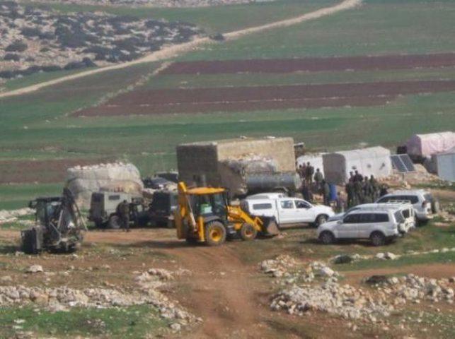 قوات الاحتلال تهدم مسكنين في يرزا شرق طوباس