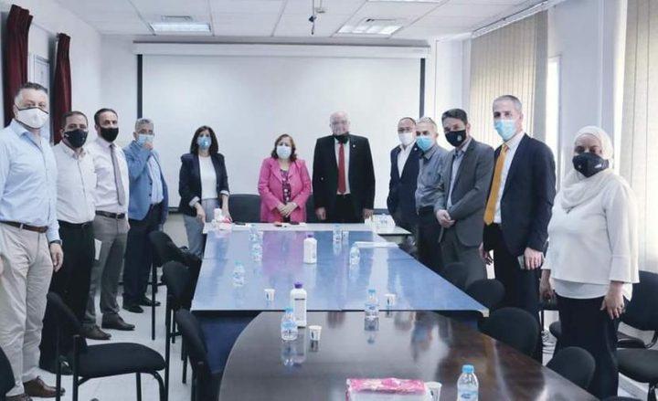 الصحة تبحث تشغيل مستشفى الهلال الأحمر بنابلس كمركز علاج كورونا