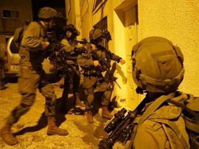 قوات الاحتلال تقتحم قريتي رمانة وزبوبا غرب جنين