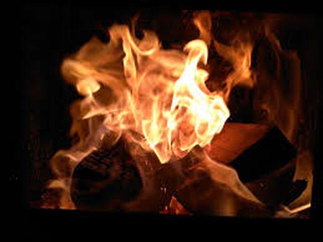 الصين.. زوج يحرق زوجته أثناء بث مباشر على الانترنت