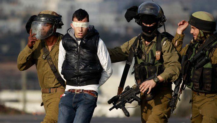 مركز أسرى: الاحتلال اعتقل 320 فلسطيني في أيلول الماضي