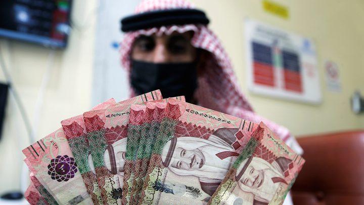 عملة جديدة من فئة 5 ريالات من مادة البوليمر في السعودية