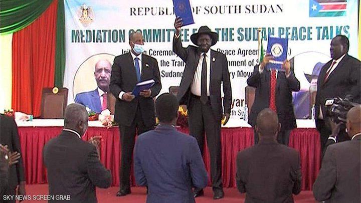 بتوقيعاتفاق سلام بين الحكومة السودانية والجماعات المسلحة