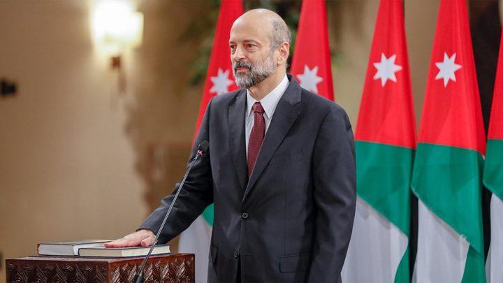 ملك الأردن يقبل استقالة حكومة الرزاز