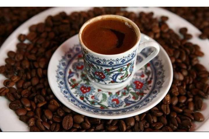شرب القهوة قبل الفطور يصيبك بالعديد من الأمراض المزمنة