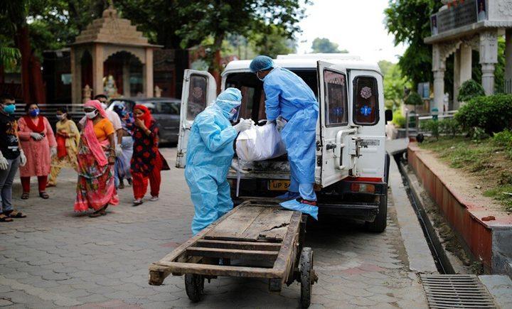أكثر من 900 وفاة و75 ألف اصابة جديدة بفيروس كورونا في الهند