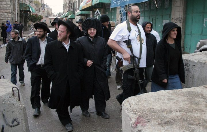 مستوطنون يسيطرون على أراضي بيت دجن شرق نابلس