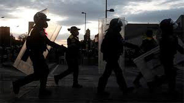 الشرطة المكسيكية: العثور على 12 جثة داخل شاحنتين