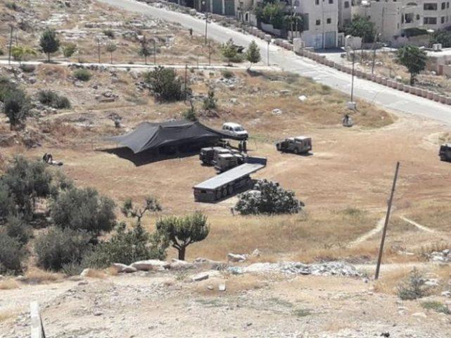 الجبور :إقامة خيمة استيطانية شرق يطا يعقبه مخططات استيطانية