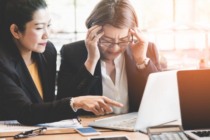دراسة: النساء أكثر عرضة للمعاناة من الاحتراق النفسي بسبب العمل