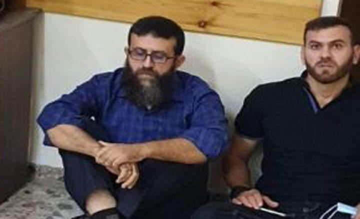 أسيران محرران من جنين يعلنان الاعتصام المفتوح امام مقر الصليب