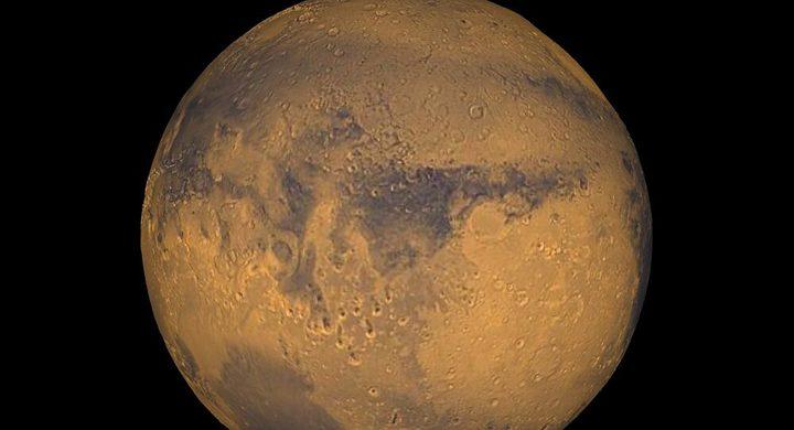 رائد فضاء يؤكد وجود حياة على كوكب المريخ