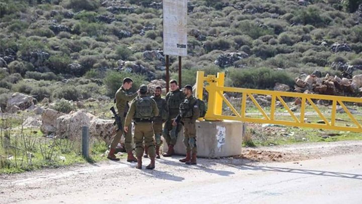رام الله: الاحتلال يغلق مدخلي قرية دير نظام