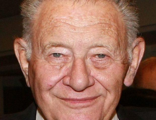وفاة الرئيس السابق لشعبة الاستخبارات العسكرية الإسرائيلية