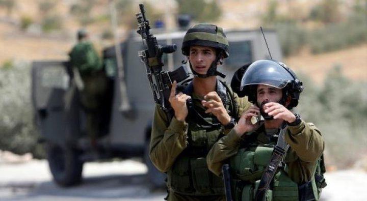 قوات الاحتلال تطلق النار على مركبة في جنين