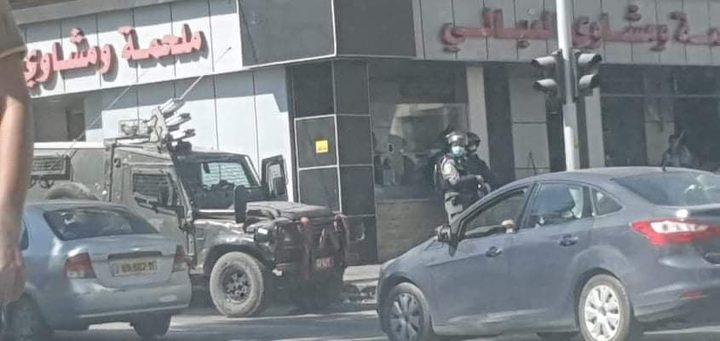 اصابات عقب اقتحام قوات الاحتلال مخيم الامعري في رام الله