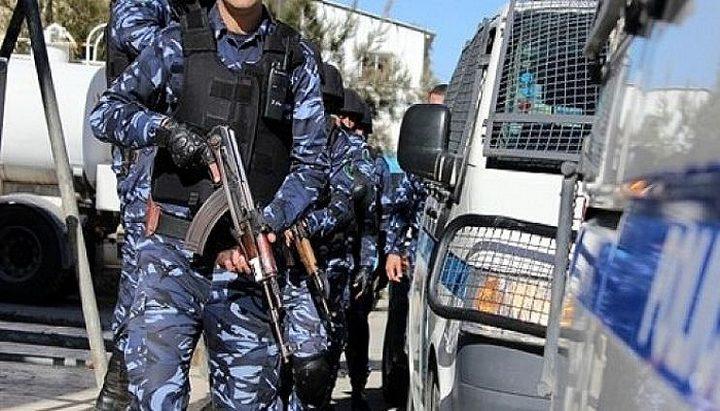 الشرطة تغلق شاليه وقاعة افراح وتقبض على أصحابها في نابلس