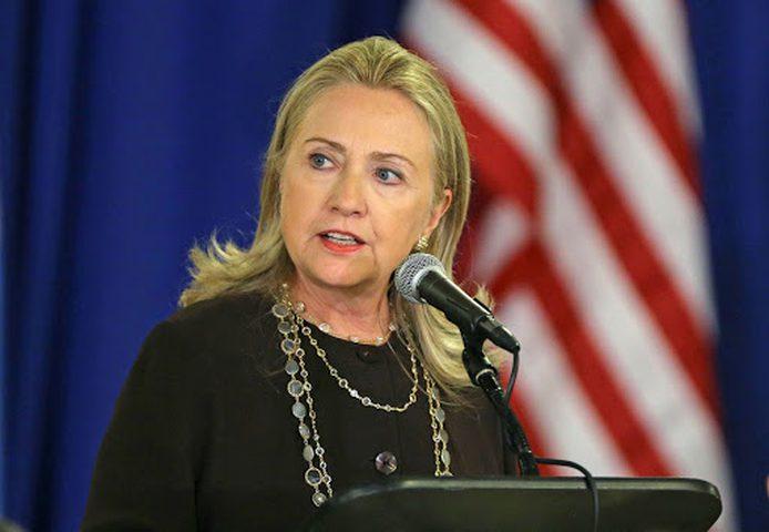 بريد هيلاري يكشف دورها بإبرام صفقة أسلحة مع السعودية بـ60 مليار د