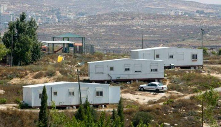 """مستوطنون ينصبون """"كرفانات""""شرق بيت لحم"""
