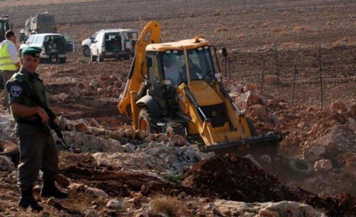 الاحتلال يحتجز مواطنين بلدة الزاوية غرب سلفيت