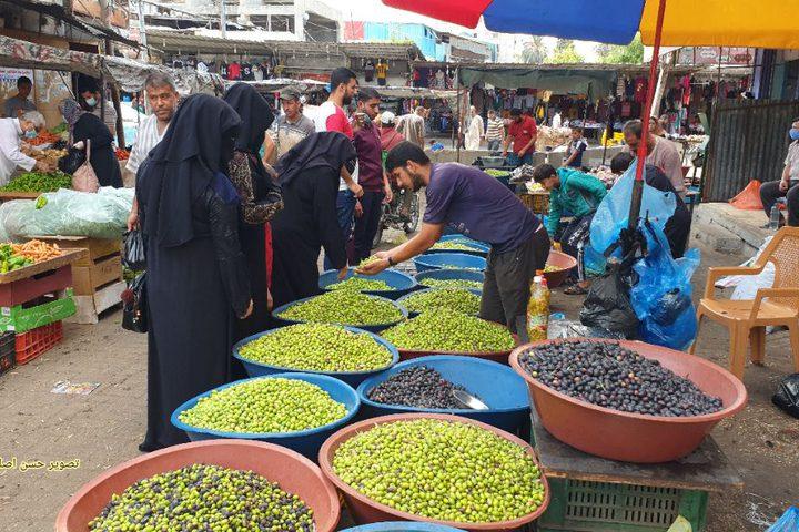 سوق الزيتون بمدينة خانيونس في قطاع غزة
