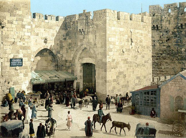 تحذيرات من تحويل الاحتلال باب الخليل مدخلا رئيسيا للبلدة القديمة