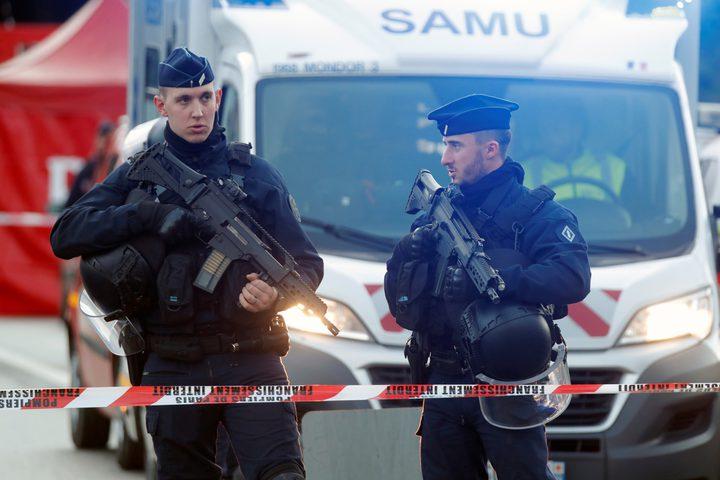 اعتقال 11 مشتبها به في قضية قطع رأس المعلم في فرنسا