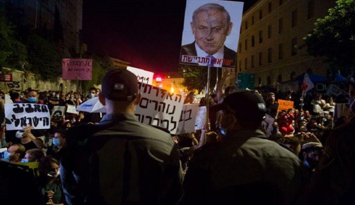 شرطة الاحتلال تستهدف قادة الاحتجاجات ضد فساد نتنياهو