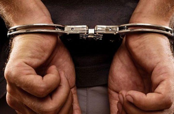 الشرطة تكشف ملابسات إطلاق نارعلى منزل مواطن في طولكرم