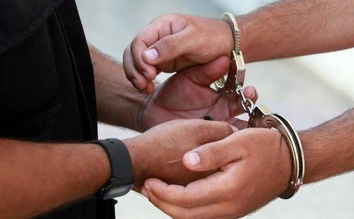 رام الله:القبض على شخص صادر بحقه مذكرات قضائية أكثر من مليون شيقل