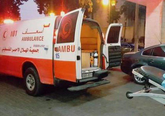 الشرطة والنيابة تحققان بوفاة مواطن في الخليل