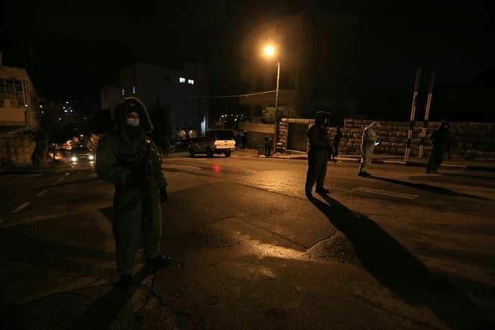 قوات الاحتلال تعتقلثلاثة شبان من سبسطية