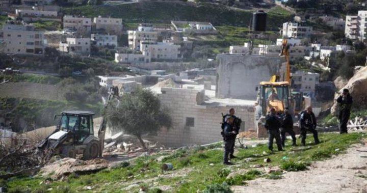 القدس: الاحتلال يهدم خيمة سكنية في بيت اكسا