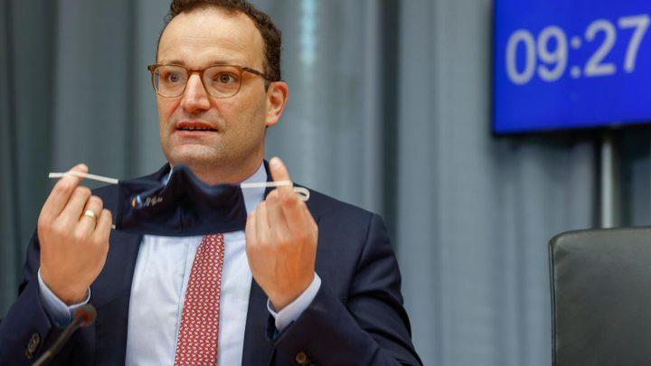 ألمانيا: إصابة وزير الصحة بفيروس كورونا