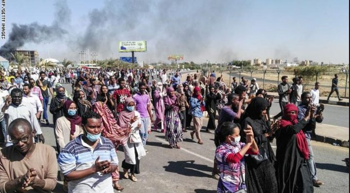 الخرطوم: الشرطة تطلق الغاز المسيل للدموع على عشرات المحتجين