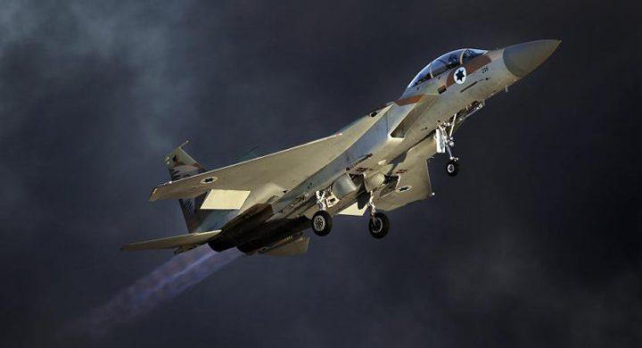 طائرات الاحتلال تلقي مناشير تحذيرية في الأراضي السورية