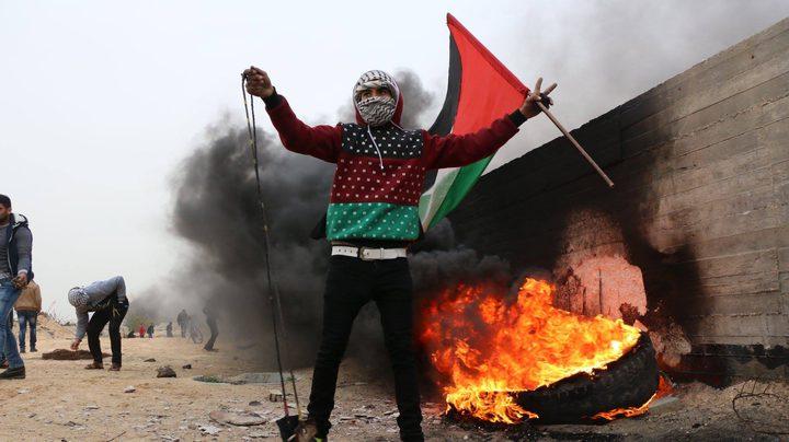 عشرات حالات الاختناق خلال مواجهات مع الاحتلال في باب الزاوية